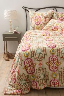 cozy bed quilt