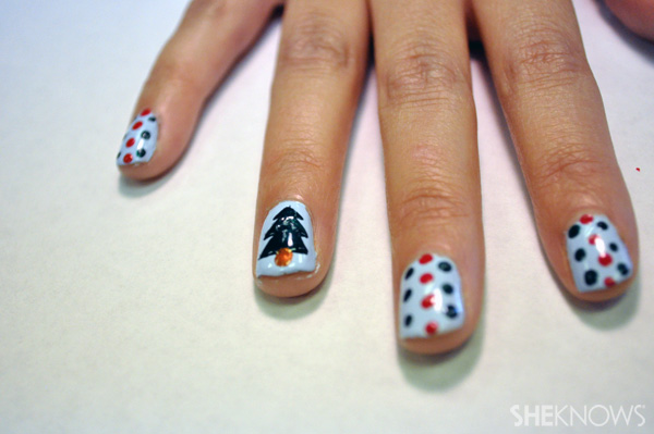 A 'Borrowed and Blue' Christmas tree nail design