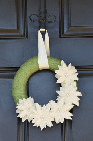 Holiday spirit for your door
