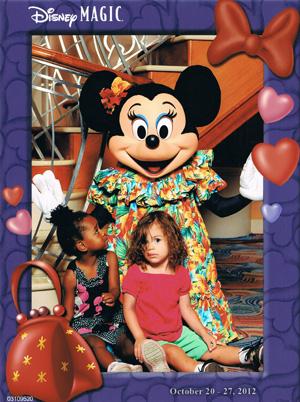 Ellis girls with Minnie