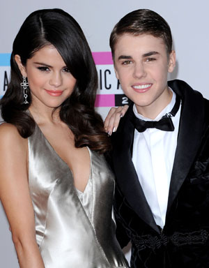 Justin Bieber 2012 AMA performance to Selena Gomez?
