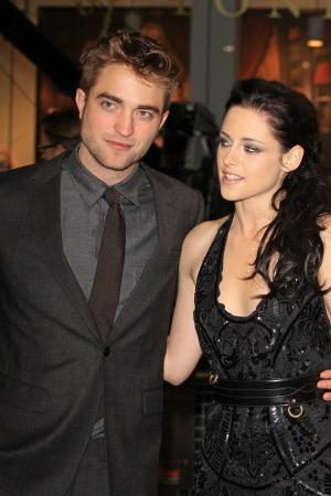 Stewart's vampire co-stars speak up
