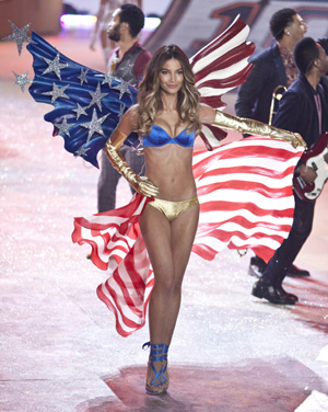 Lily Aldridge at Victoria's Secret Fashion Show