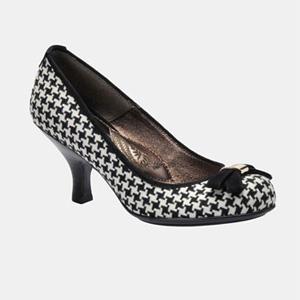 Black And White Kitten Heel Pumps - More info