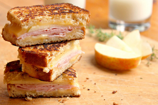 Smoked Gouda, ham and apple grilled cheese