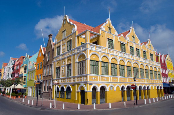Cozy up to Curacao