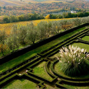 Learn about life in Tuscany