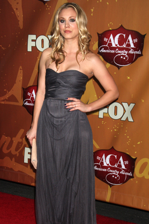 Lauren Alaina, Jewel top the worst dressed