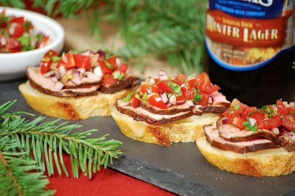 chipotle-cocoa pork tenderloin crostini