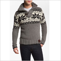 Convertable collar sweater