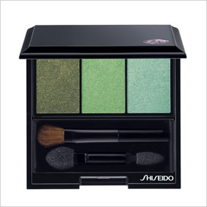 green eye shadow trio