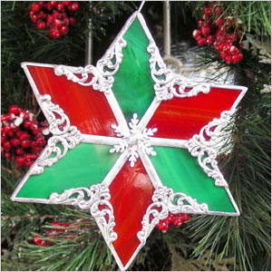 Red nad green stained glass star