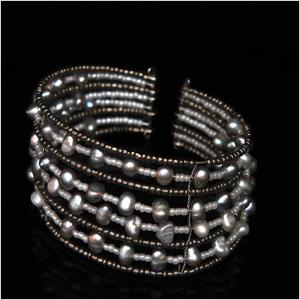 freshwater-pearls-on-bangle