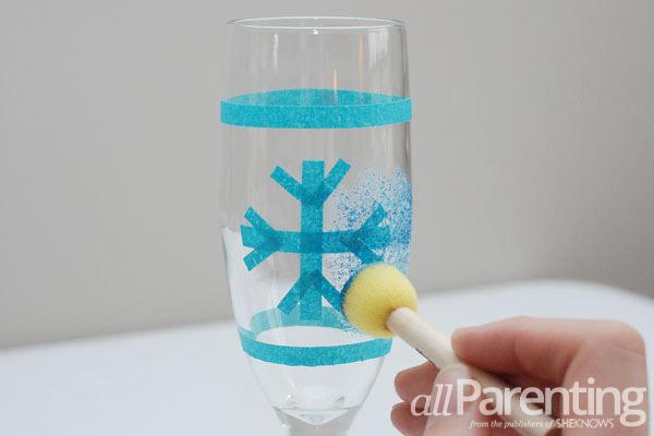 glitter champagne glasses snowball step 3