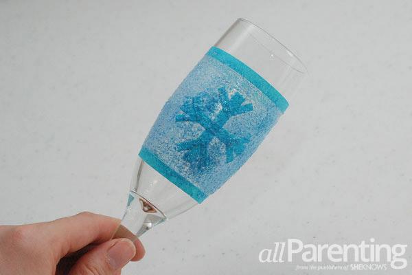 glitter champagne glasses snowball step 4