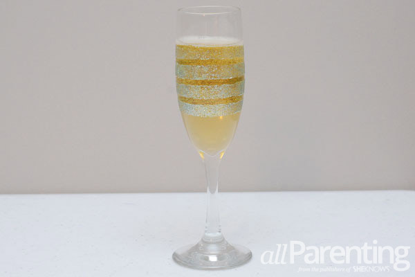 glitter champagne glasses striped final