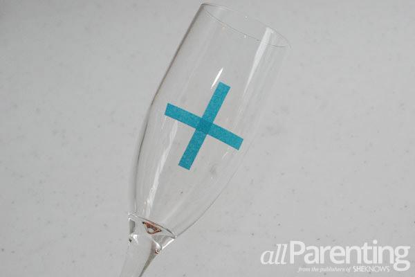 glitter champagne glasses snowball step 1