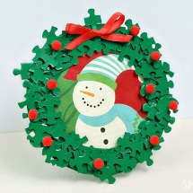 Puzzle piece wreath picture frame