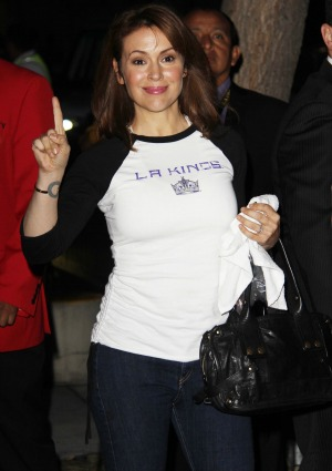 Alyssa Milano Turns The Big 4 0