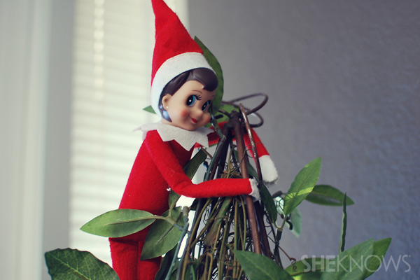 Bendable arms - making your Elf on the Shelf bendable