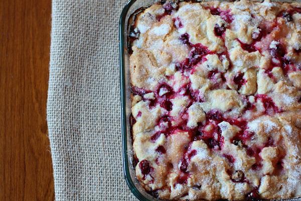 cranberry breakfast cake