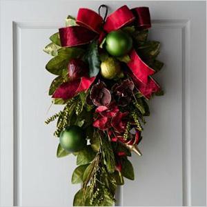 Festive decorating picks