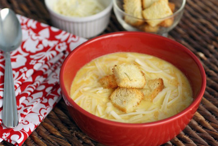Gluten-free Friday: Easy onion soup with herbed croutons