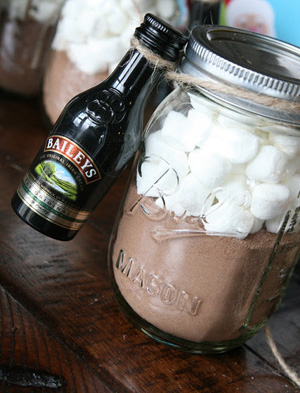 Homemade Hot Cocoa And Kahlua For Christmas Gifts Recipes ...