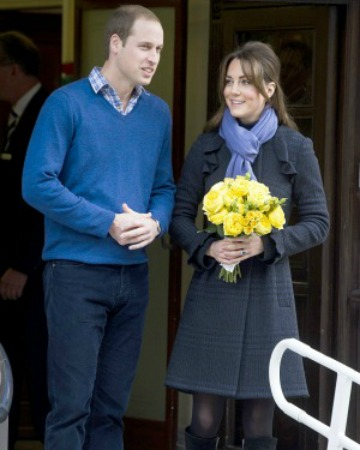 Kate Middleton and Prince William leave the hospital