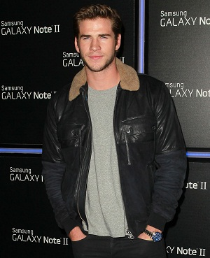 Liam Hemsworth accused of being in a street brawl