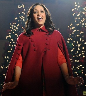 Tia Mowry sings in The Mistle-Tones