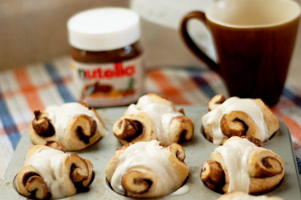 Nutella rolls with cream cheese frosting recipe