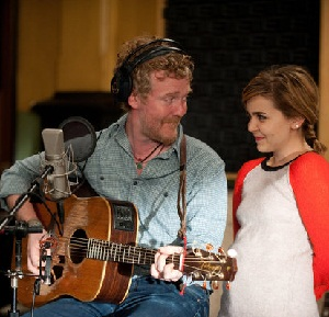 Glen Hansard with Mae Whitman on Parenthood