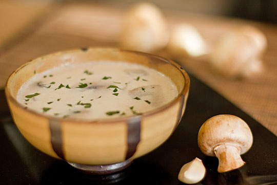 Garlic mushroom soup