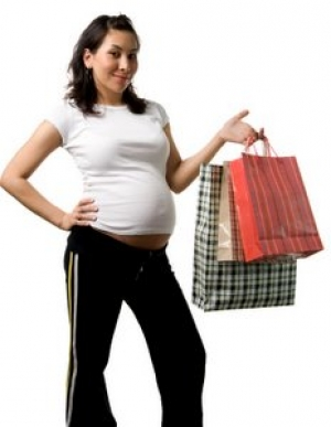 pregnant woman maternity shopping