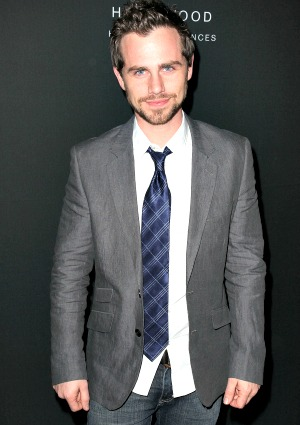 rider strong fiance  You need to enable