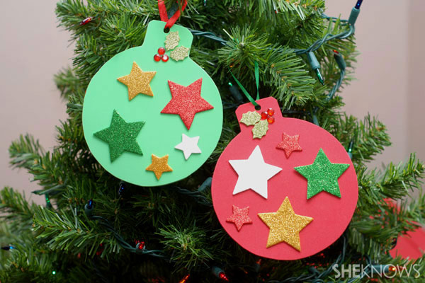 Fun holiday crafts for your preschooler for Christmas decorations to make at home with the kids