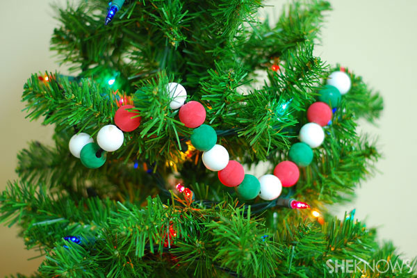 Wooden-bead garland
