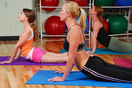 The benefits of exercising with friends