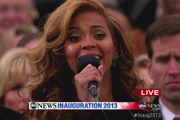 Beyonce Singing at the 2013 Inauguration