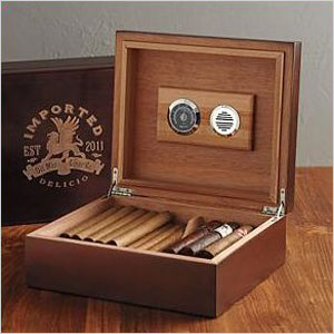 Red Envelope cigar humidor
