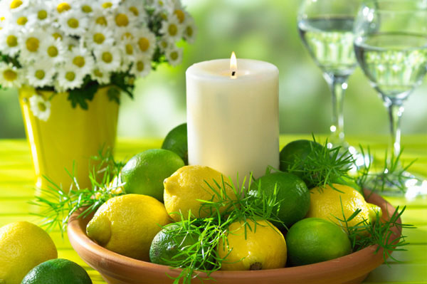 spring table lemon lime
