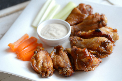 Sticky molasses and soy wings