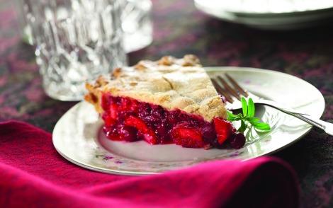 Apple cranberry raspberry pie