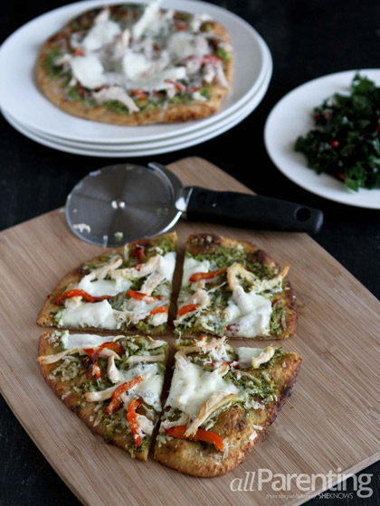 Mediterranean chicken naan pizza with pesto & fresh mozzarella