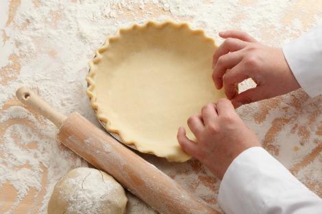 making a pie crust