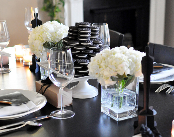 Decorating tips for an awards party for Award decoration