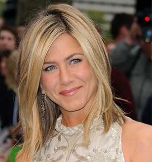 Jennifer Anniston's sun-kissed locks