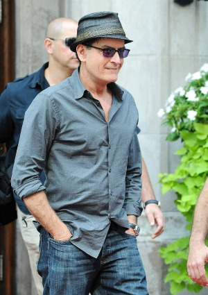 Sheen's connection to deceased paparazzo