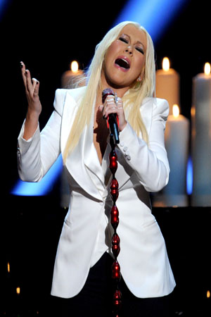 Christina Aguilera wears pants to the PCAs